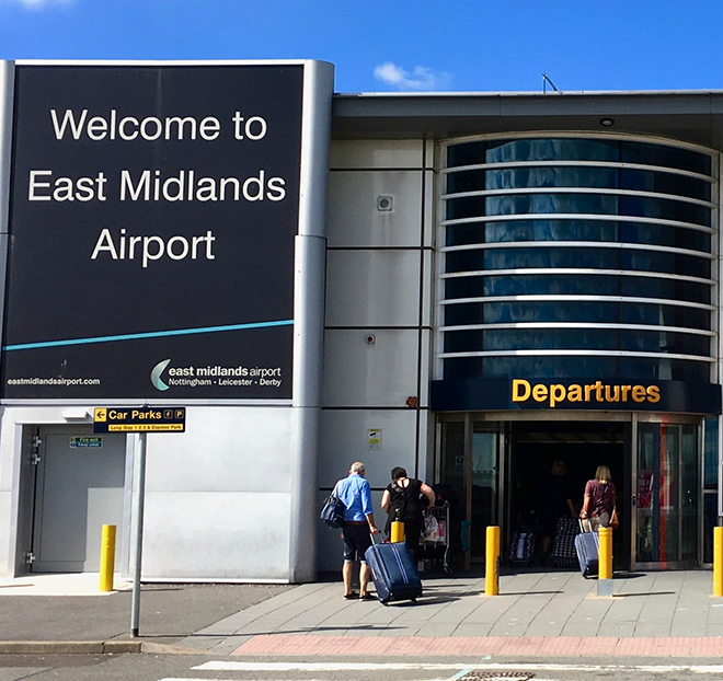 East Midlands To Gatwick Airport Taxi Transfer
