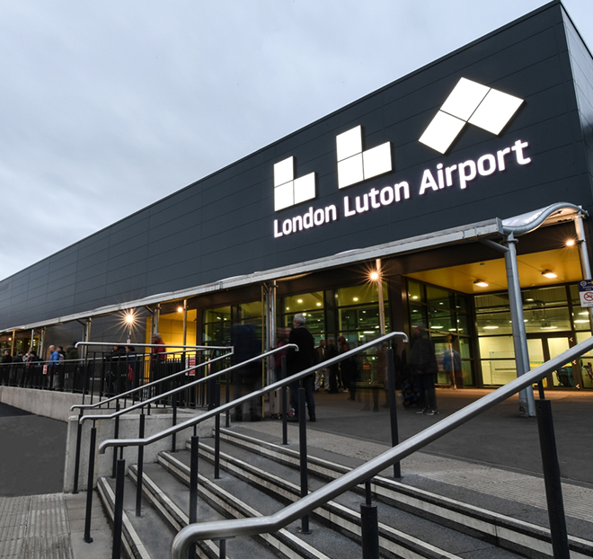 Luton To Stansted Airport Taxi Transfer